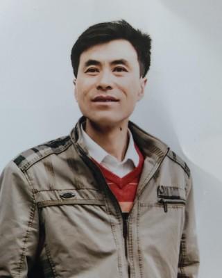 徐新林的实名相亲网个性照
